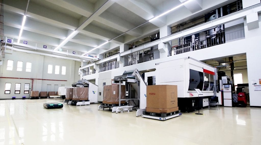 MOTE Center facility maintains 10 systems for mold qualifications including PET | StackTeck